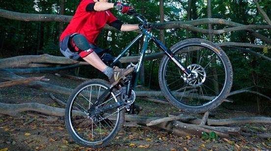 Kỹ thuật Manual- Giữ thăng bằng ở bánh sau xe đạp
