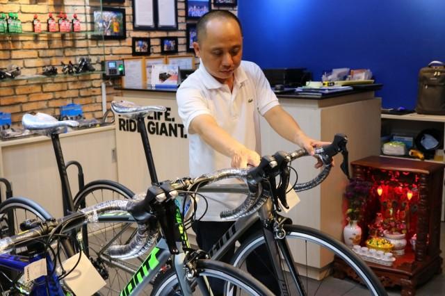 Chạy thử và căn chỉnh xe đạp miễn phí hàng tuần trước khi mua tại Giant International