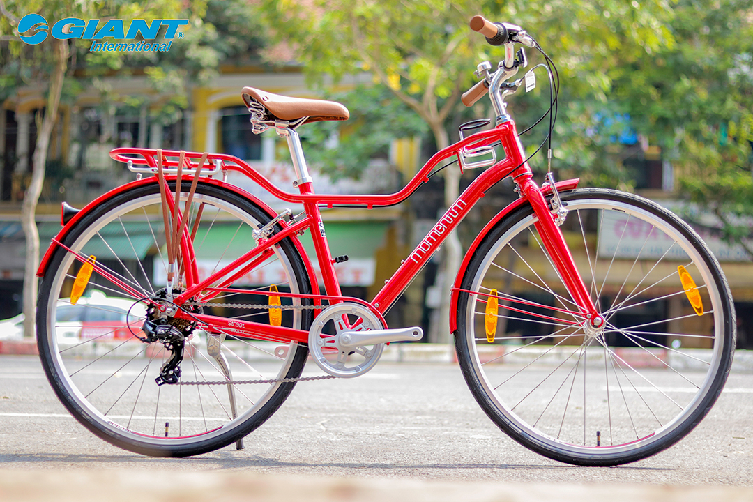 Xe đạp thể thao nữ Momentum với sắc đỏ nổi bật dành riêng cho các nàng