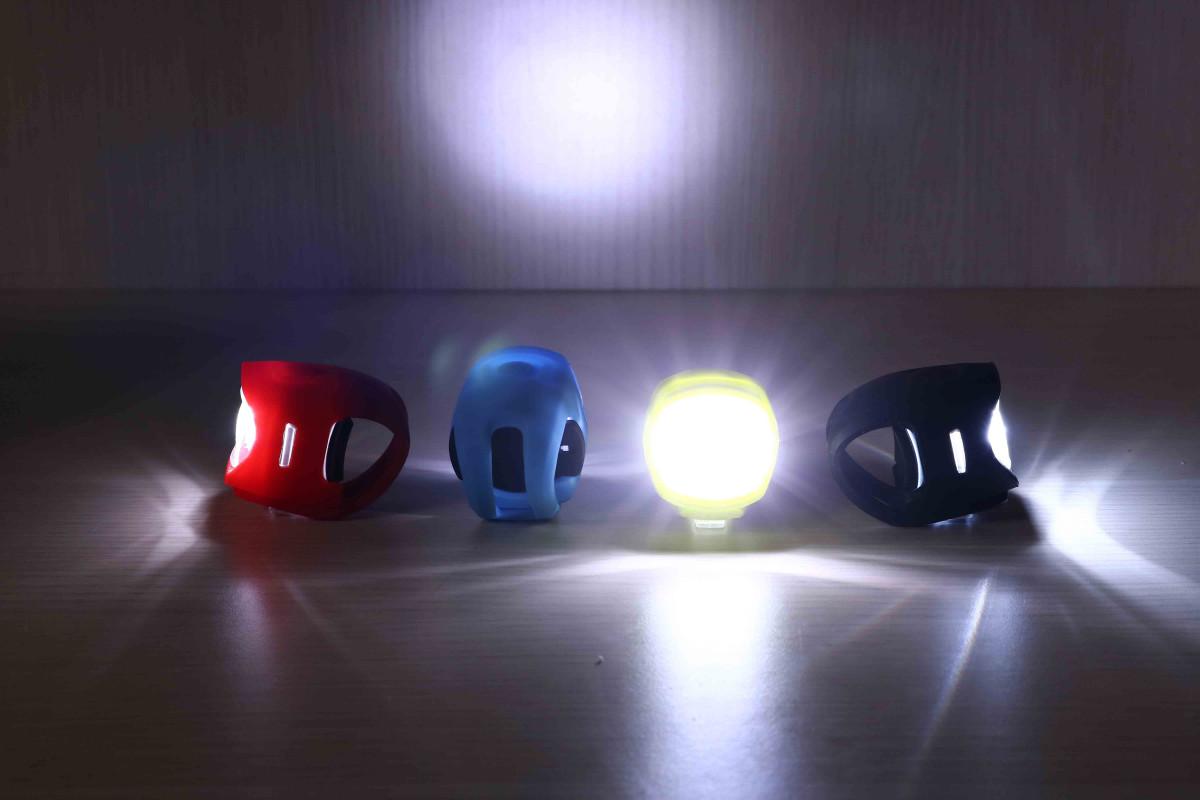 Đèn xe đạp với cường độ sáng vừa phải