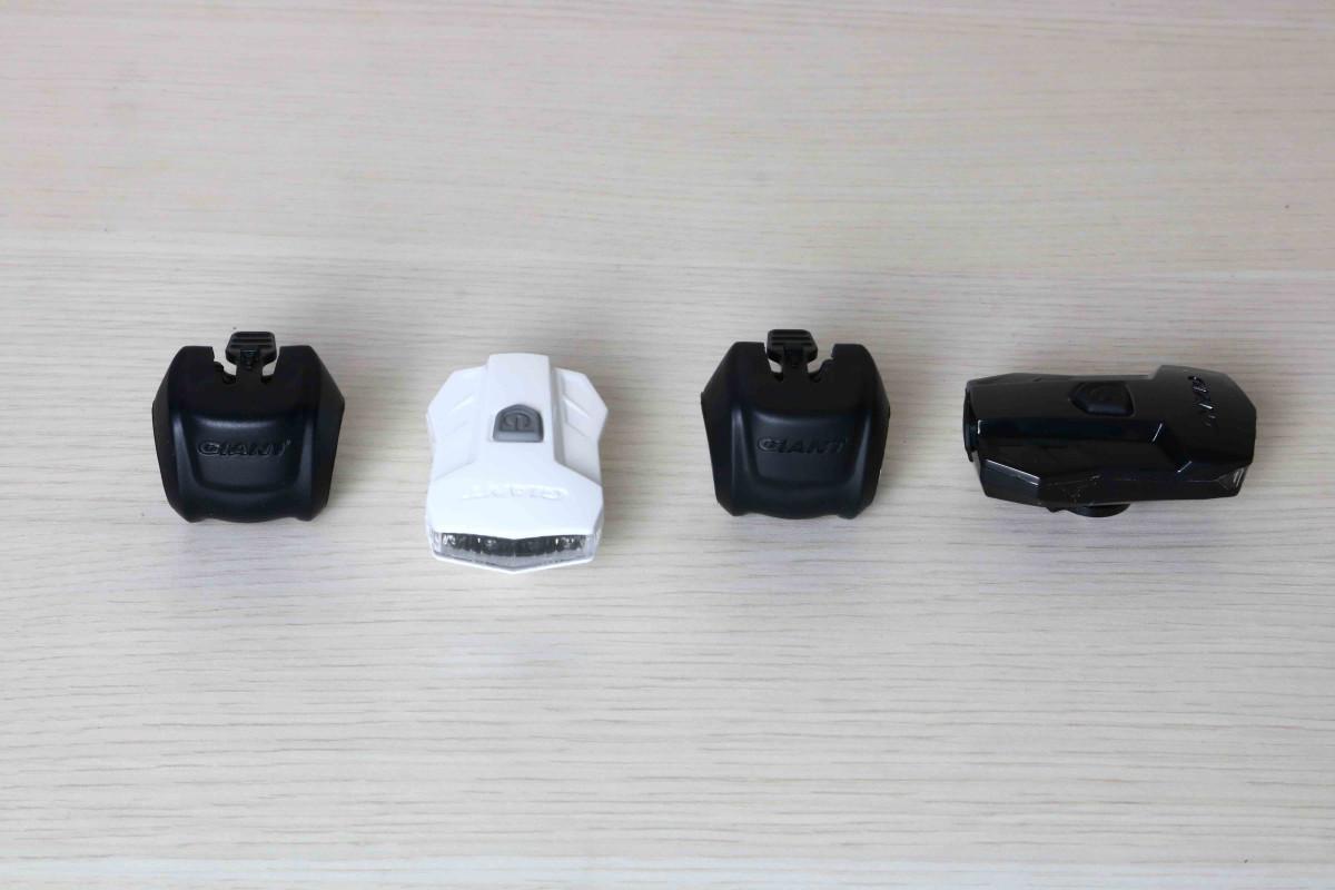 Đèn xe đạp Numen + HL2 với cấu tạo đơn giản gồm đế và đèn dễ tháo lắp trong quá trình sử dụng