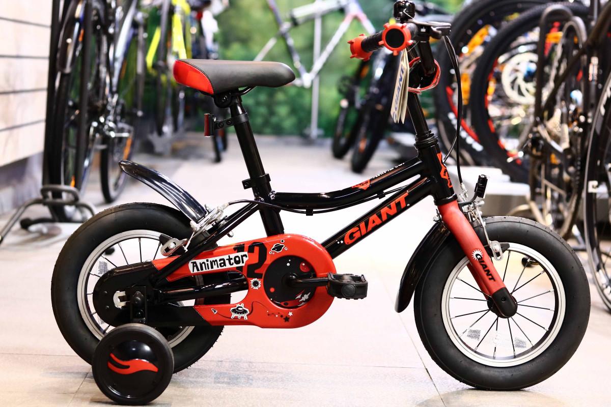 Xe đạp 3 bánh trẻ em Giant Animator F/W 12 màu đen mạnh mẽ phù hợp các bé trai cá tính