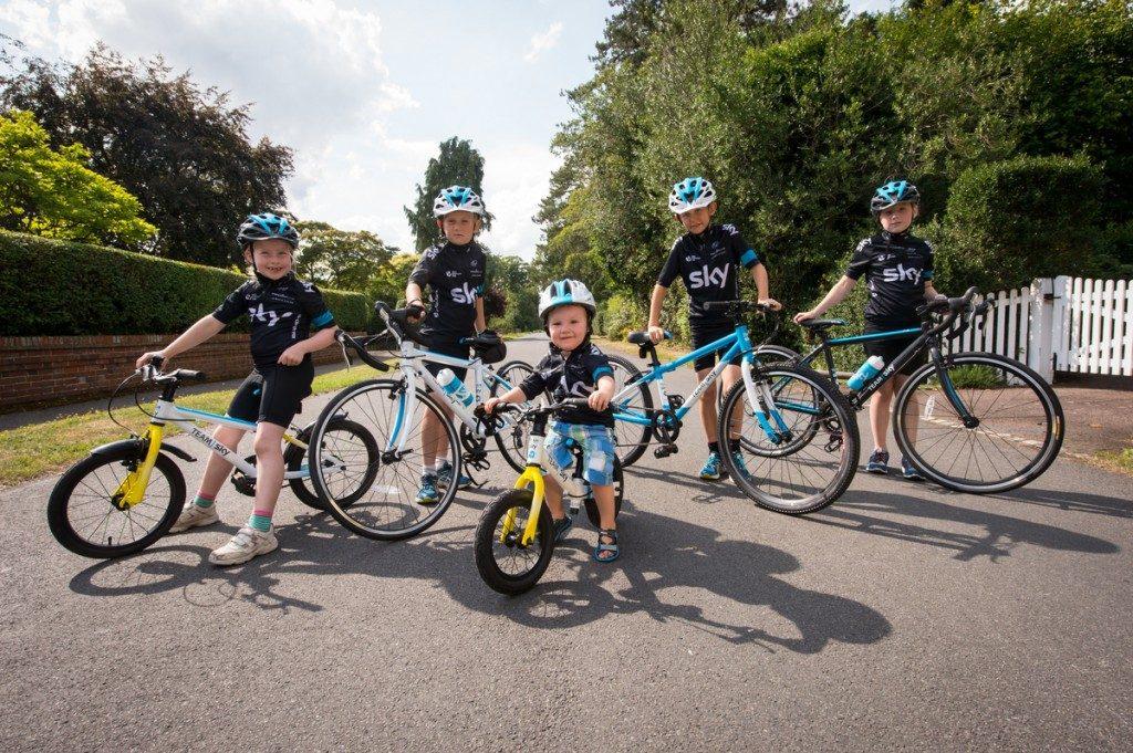 Những mẫu xe đạp trẻ em dành riêng cho trẻ em dưới 10 tuổi
