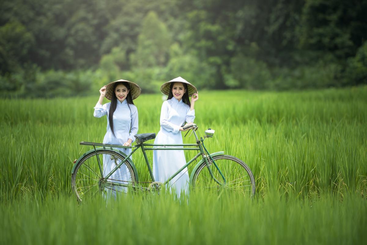 Chạy xe đạp thời xưa tại Việt Nam