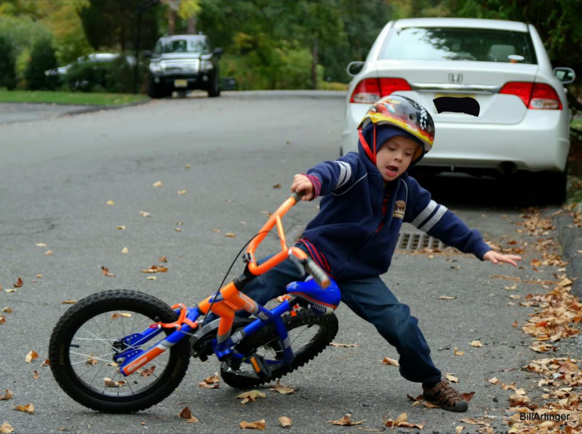 Xe đạp trẻ em không phù hợp với chiều cao gây té ngã