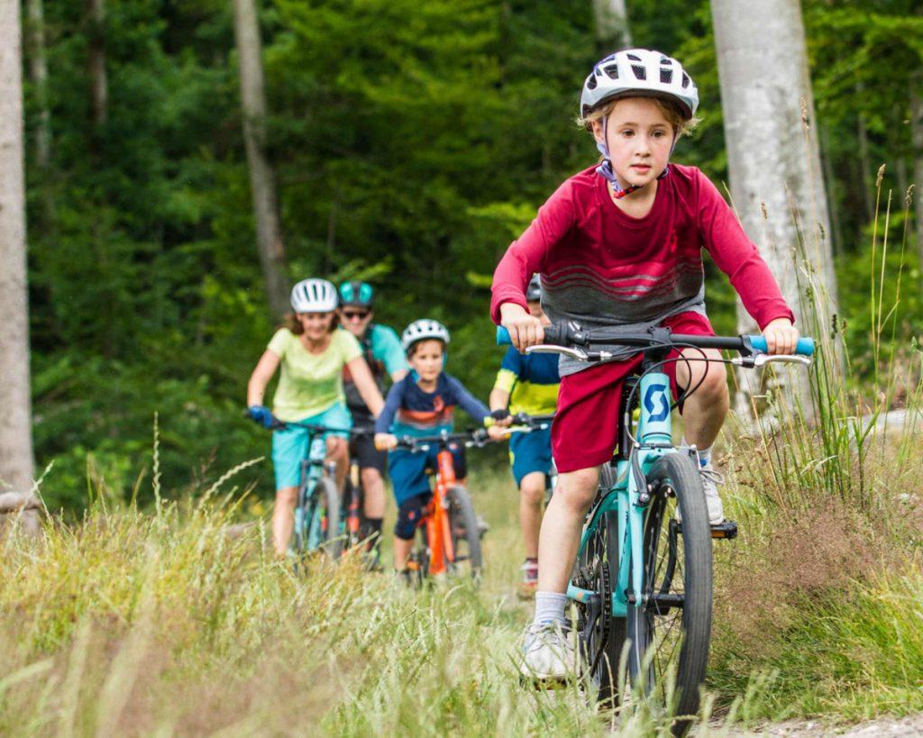 Có nên mua xe đạp trẻ em cũ hay không?