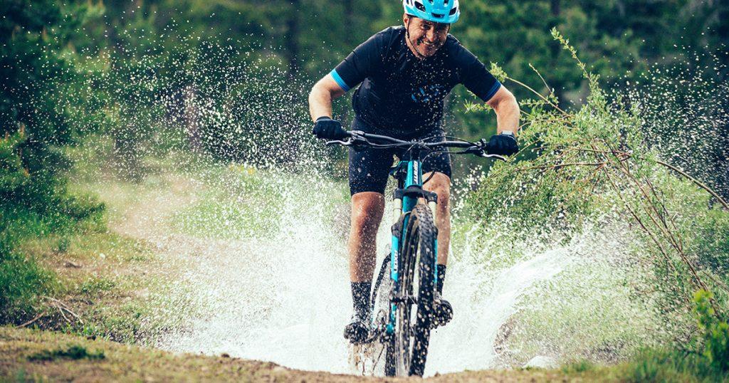 Tại sao xe đạp leo núi là bí mật tăng cường sức mạnh của Triathlete?