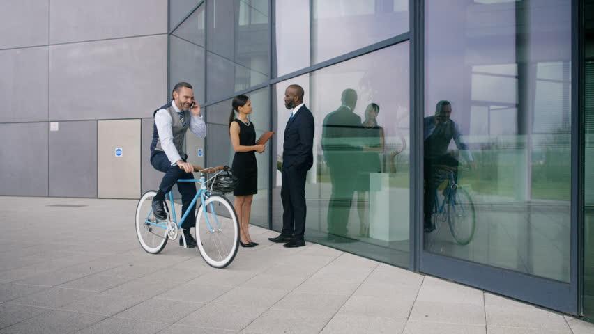 5 tuyệt chiêu khi đạp xe đi làm dành cho người trí thức