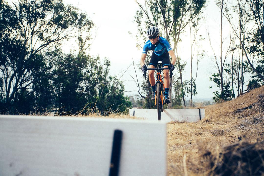 Tay đua đạp với bài tập nhẹ nhàng trong phiên thứ hai