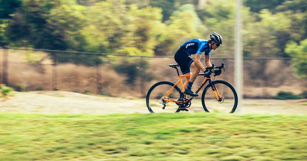 Bạn có nên đạp xe hai lần mỗi ngày?