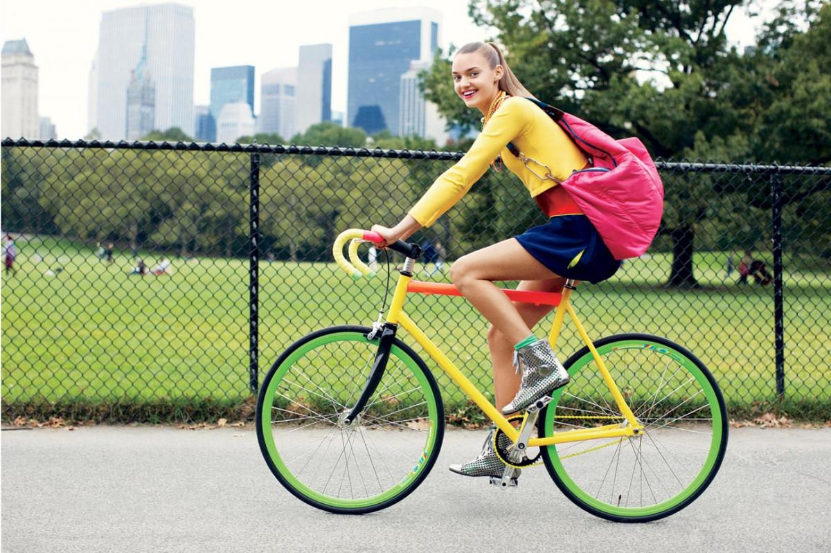 Teen nữ cao hơn nhờ đạp xe mỗi ngày