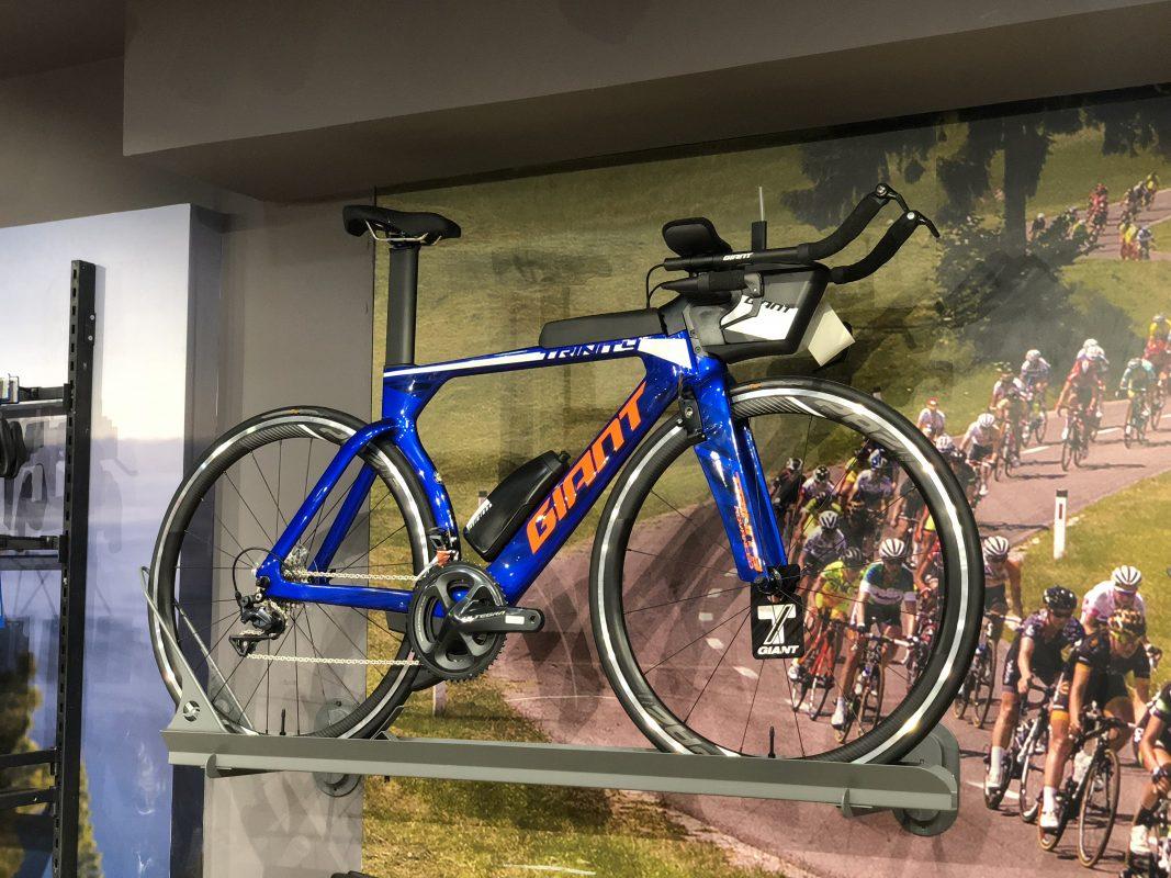 Giant Trinity Advanced - xe đạp đua tính giờ được Trisport phân phối