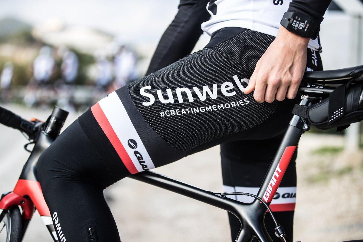 Quần đạp xe của thương hiệu Giant giúp tăng sự thoải mái cho người đạp xe