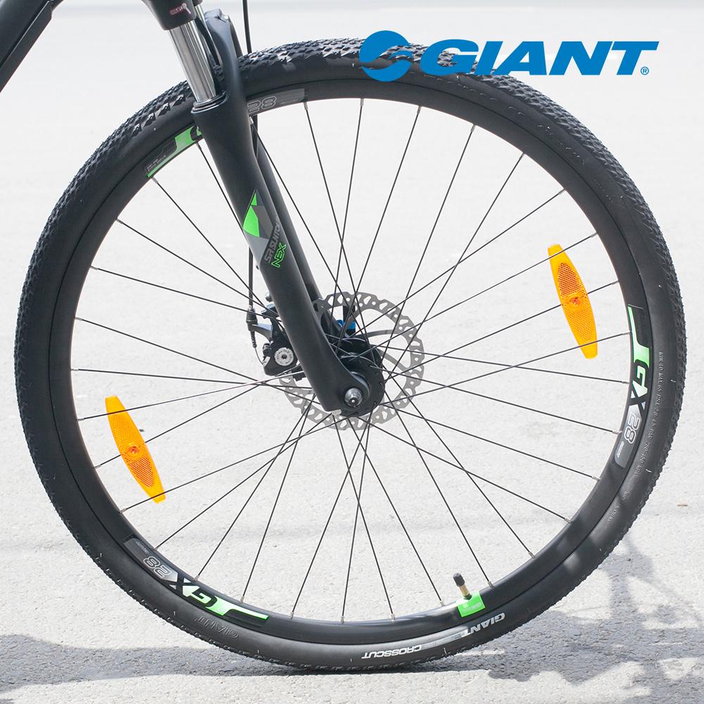 Hệ thống bánh 700cx38c của xe đạp Roam 3 Disc