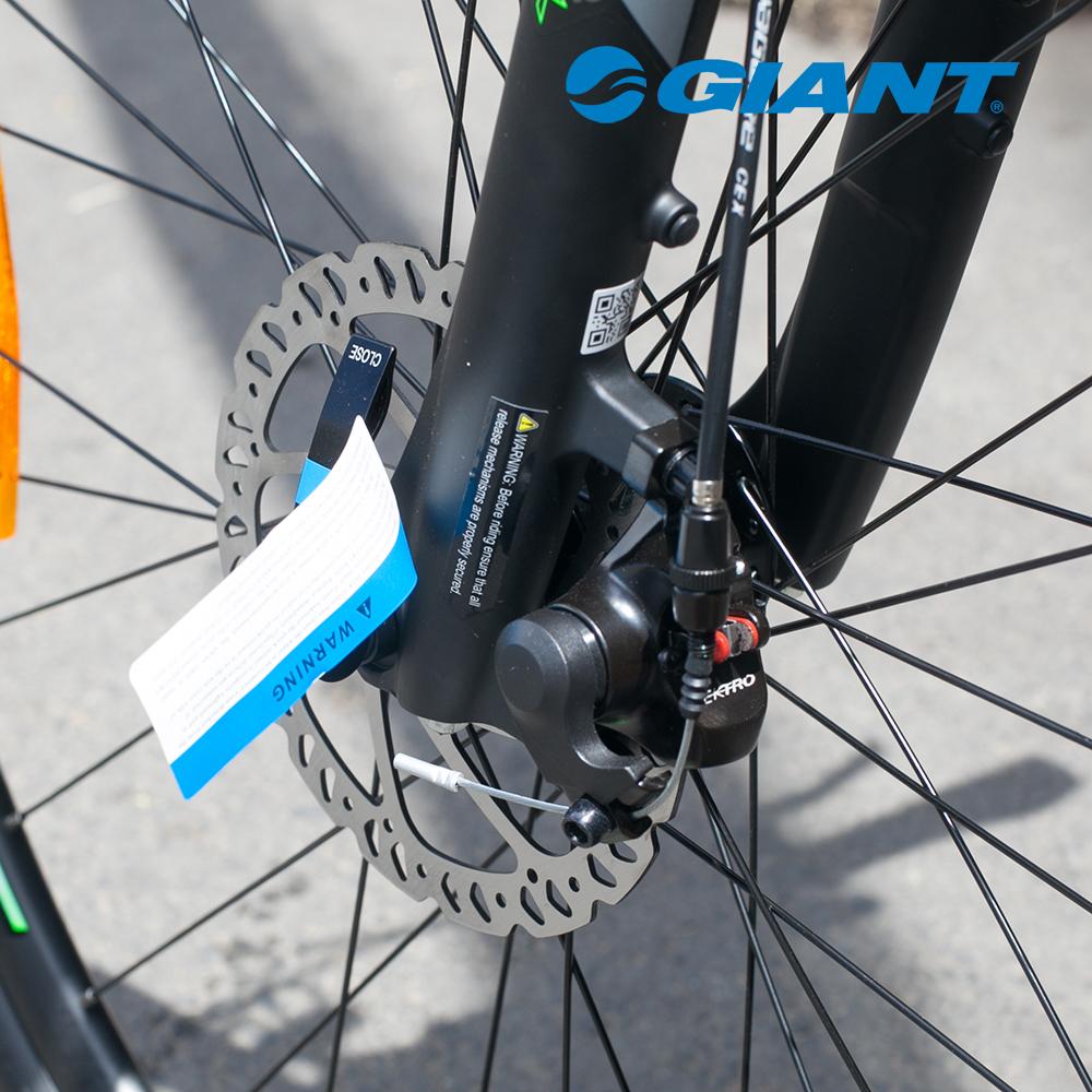 Cận cảnh thắng đĩa của xe đạp Roam 3 Disc