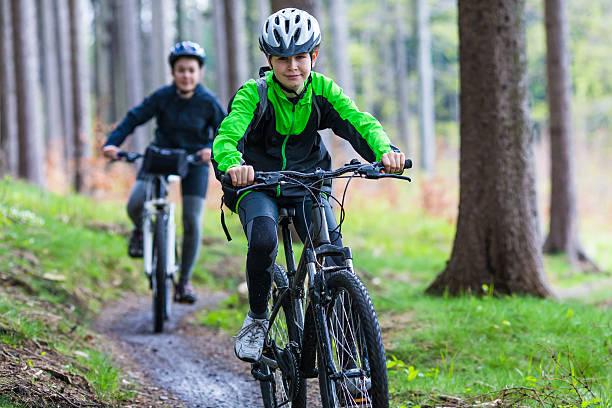 Đi xe đạp hằng ngày giúp teen đạt chiều cao tối đa