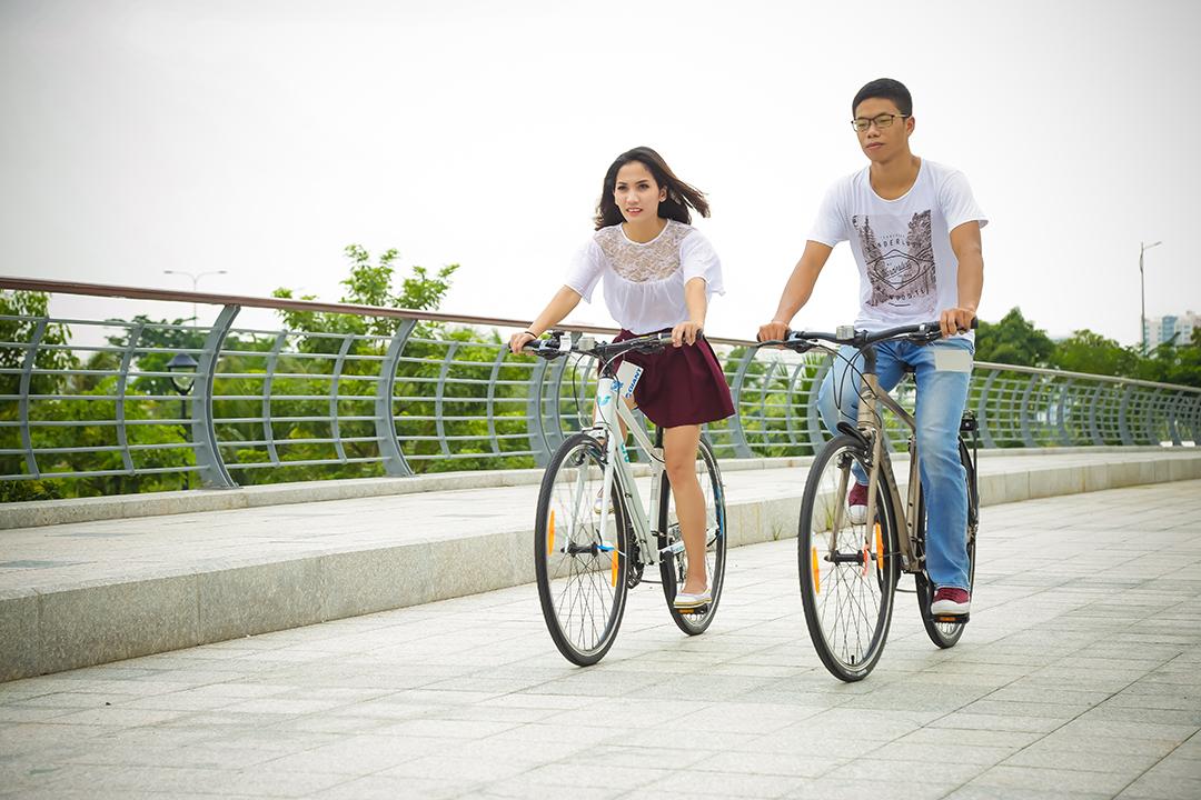 Đối với nhiều bạn trẻ đạp xe còn là đam mê