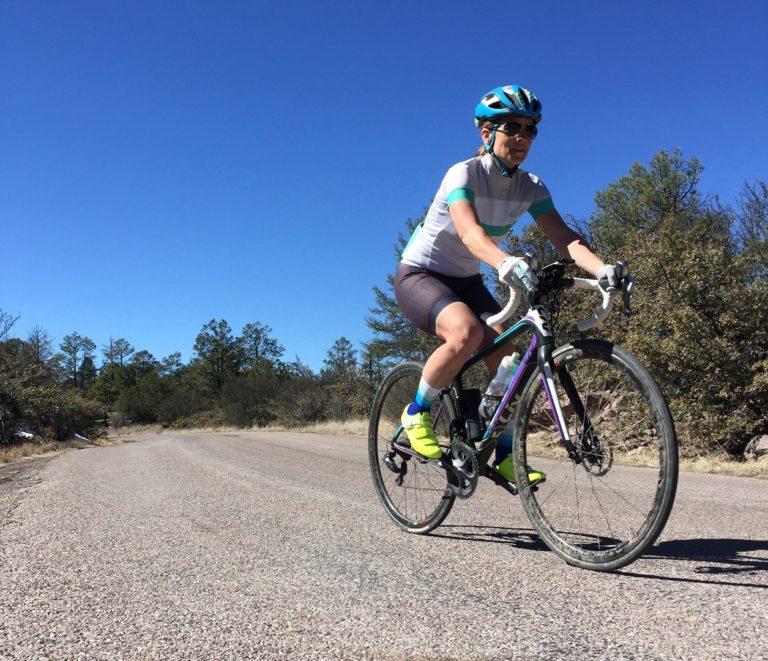 Diane Cunning thường xuyên đạp xe giúp chân nhanh chóng trở lại trạng thái bình thường