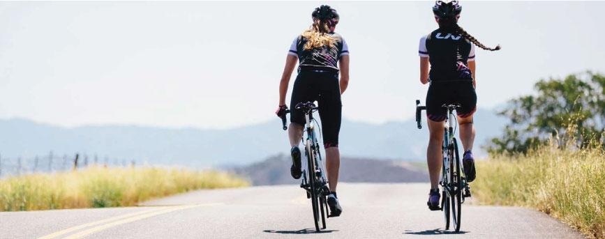 Với Diane Cunning đạp xe không chỉ giúp hồi phục sức khoẻ mà còn làm giàu đời sống tinh thần