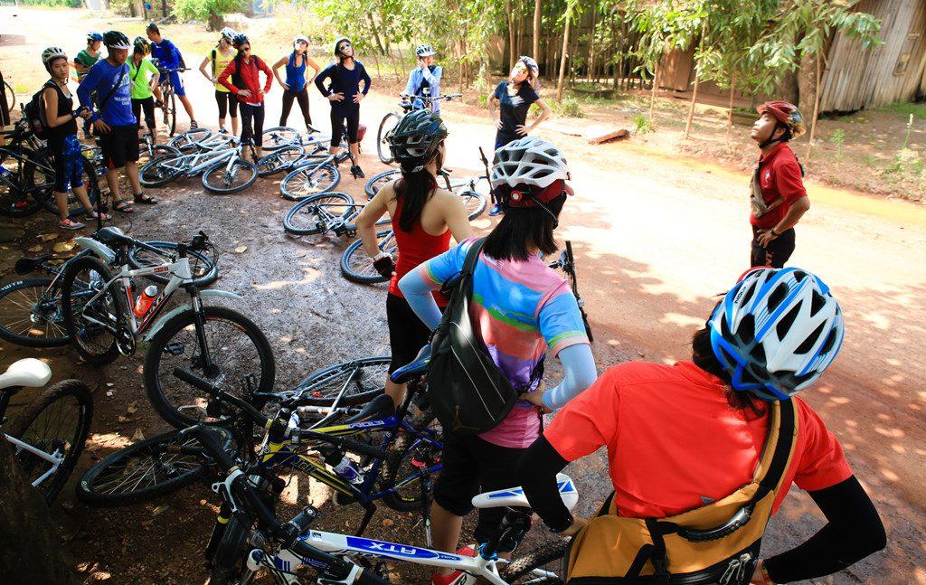 Phượt bằng xe đạp hiện thu hút rất nhiều bạn trẻ quan tâm