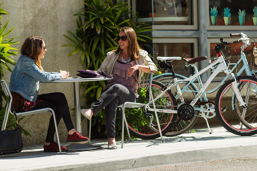 Đạp xe là phương sách giải trí lành mạnh và tiết kiệm chi phí đáng kể
