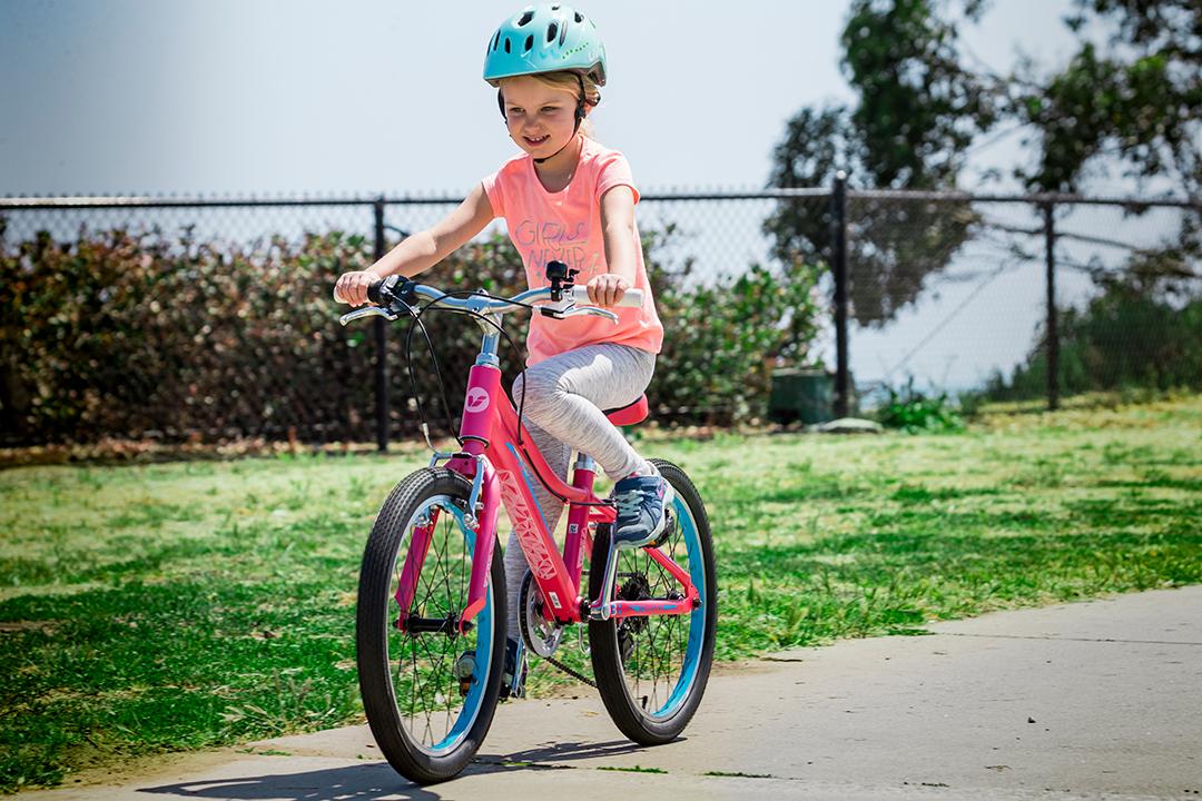 Đi bộ và đạp xe đến trường giúp di trì sự tập trung đến 4 tiếng đồng hồ