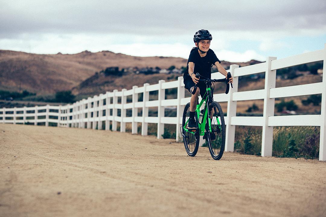Đi bộ và đạp xe tạo ra sự tập trung cao hơn so với chế độ ăn uống đầy đủ