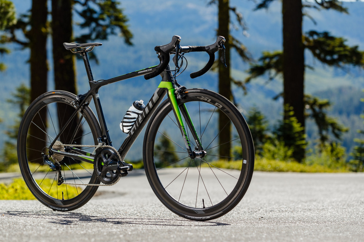 Giant TCR Advanced Pro 1 model năm 2019