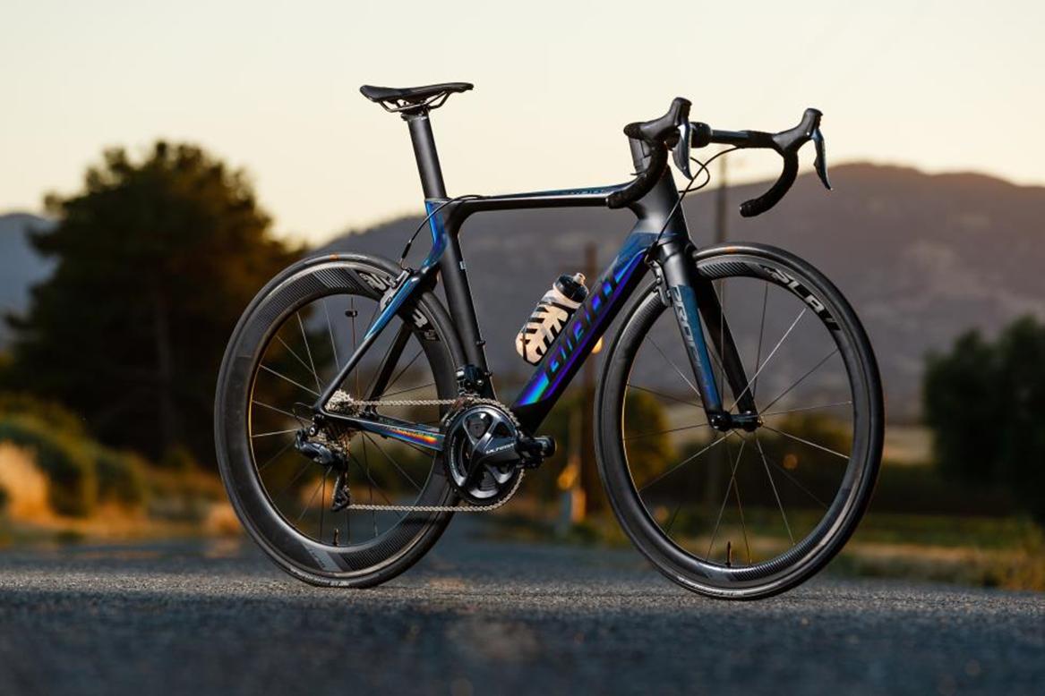 Công nghệ sơn cầu vòng mới nhất của xe đạp Giant trên các model năm 2019