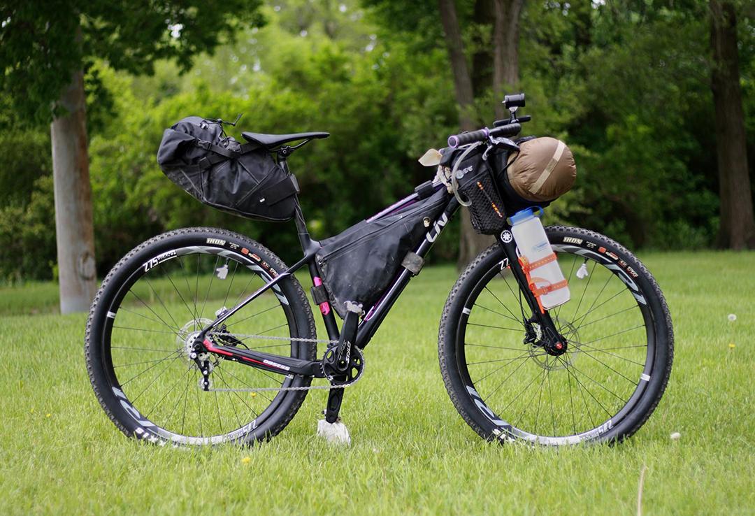 Sử dụng xe đạp MTB để đi phượt vùng rừng núi