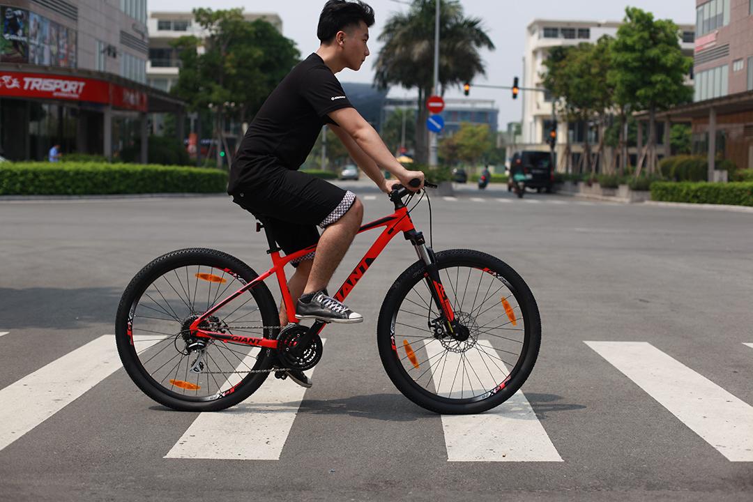 ATX 1 với tông màu cá tính, các bạn trẻ yêu thích không kém những tín đồ xe đạp địa hình