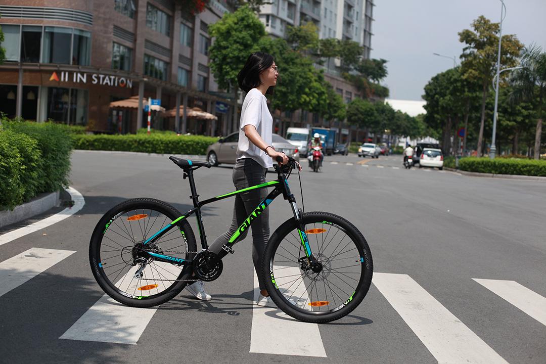 Xe phù hợp di chuyển trong đường địa hình và thành phố