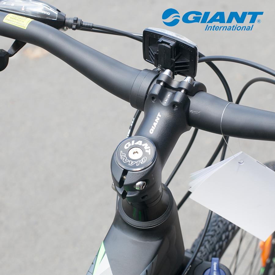 Cận cảnh Pô tăng của xe đạp thể thao Roam 3 Disc