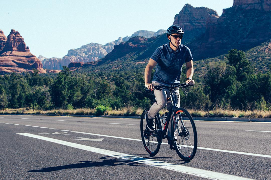 """Đạp xe đi làm giúp dân công sở loại bỏ vòng hai """"đồ sộ"""""""