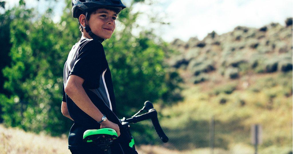 Đi xe đạp road đến trường, trào lưu mới của học sinh cá tính
