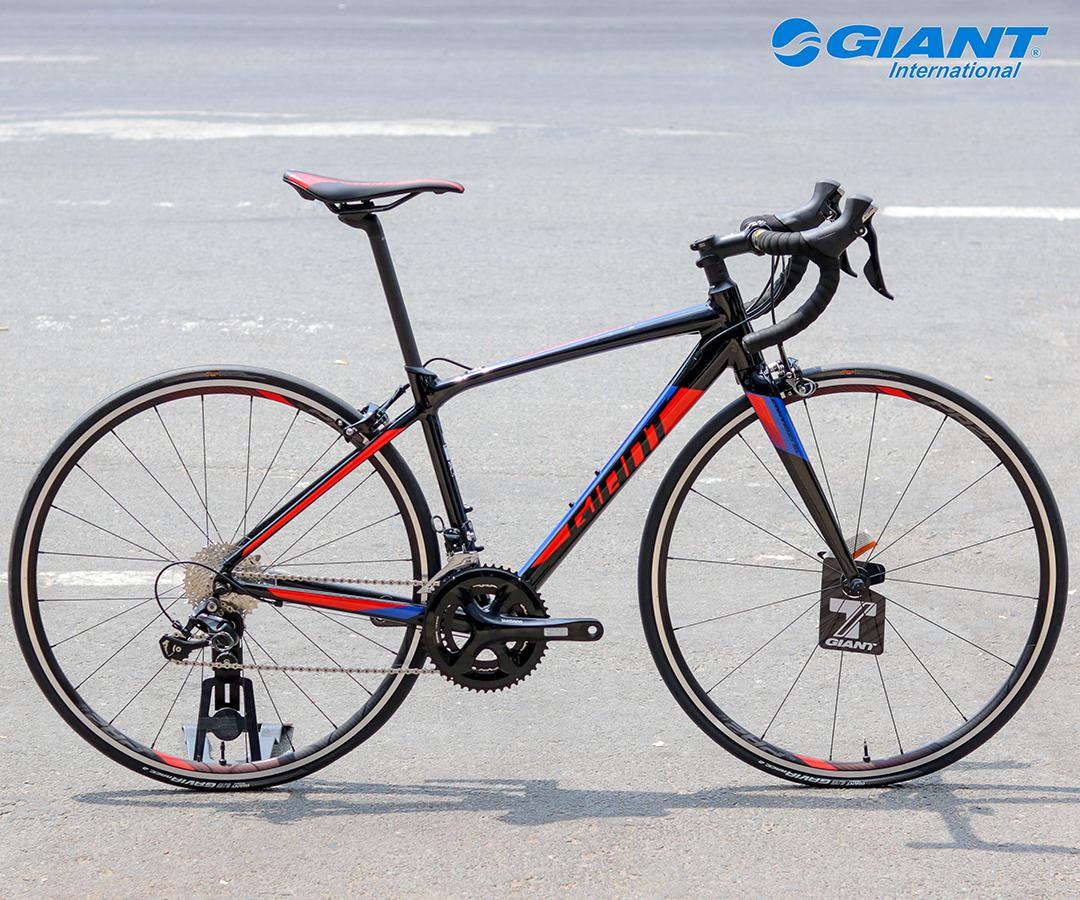 Contend SL 1 được bán với mức giá niêm yết là 30.500.000 đồng, giá sau giảm là 25.925.000 đồng