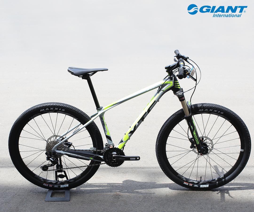 XTC SLR 3 khung nhôm siêu nhẹ được bán với mức giá niêm yết 33.500.000 đồng