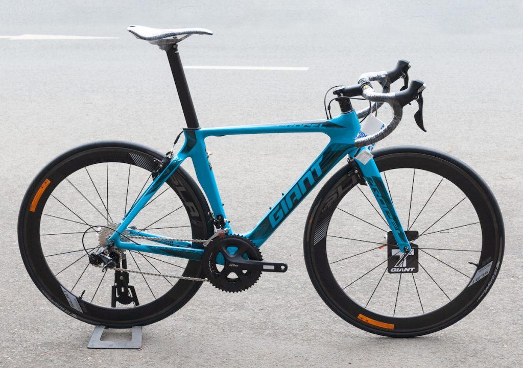 Xe đạp đua Giant propel advanced pro 2