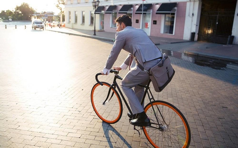 Các CEO thích đi xe đạp hơn ô tô nhờ vào tính thuận tiện của nó