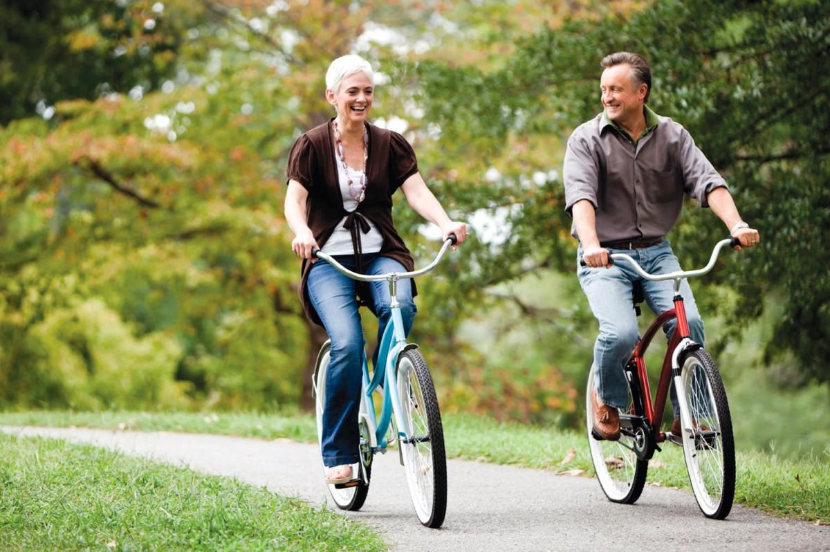 Đạp xe giúp hỗ trợ sức khỏe tim mạch