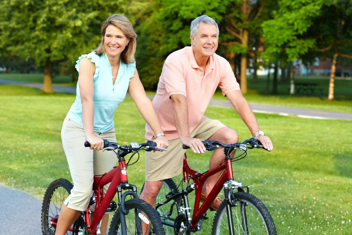 Chú ý bảo vệ đầu gối khi đạp xe